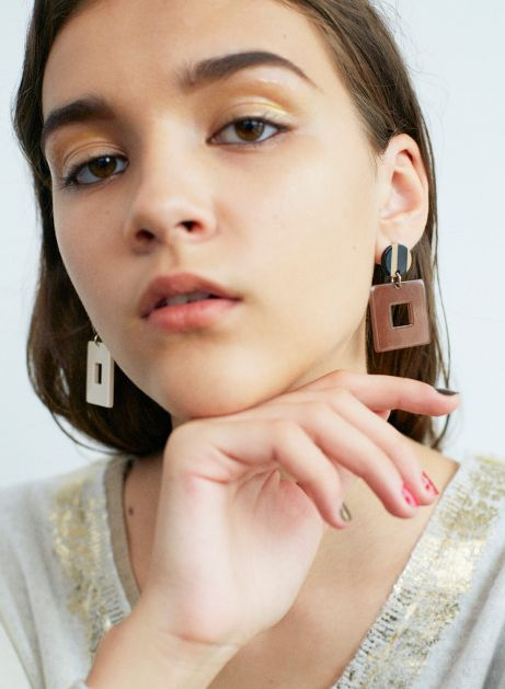 noble square earring