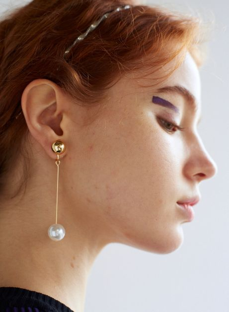 aerial swing ball earring
