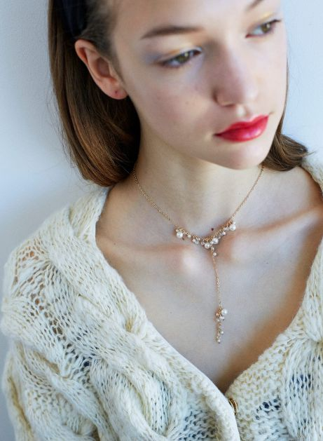 pearl flora necklace